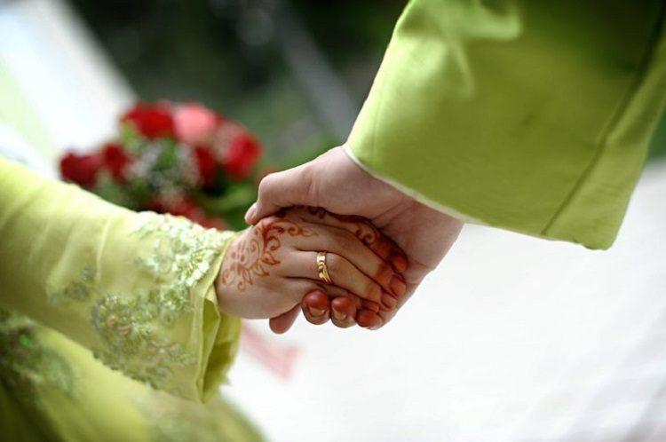 mantan menikah