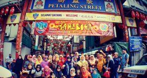 Ziarah ke Makam Sulthonul Arifin Syeikh Ismail Malaka, PW Muslimat NU Bali Kunjungi PCI NU Malaysia