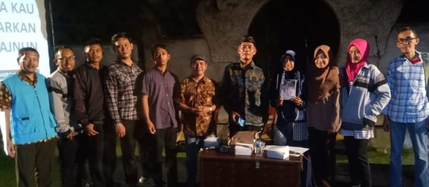 """Laila Kau Biarkan Aku Majnun"", Antologi Puisi Karya Kambali Zutas"