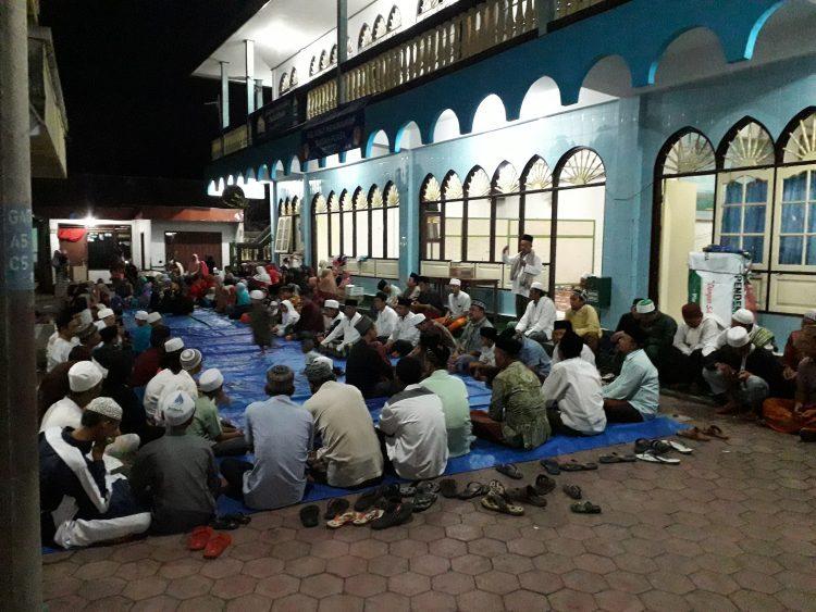 Alumni Pesantren Harus Menjadi Tauladan Saat Ramadhan