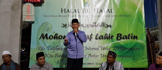Halal bi Halal Musholla Al-Muhajirin III, Ketua MUI Kota Denpasar Sampaikan Pentingnya Hidup Bersama