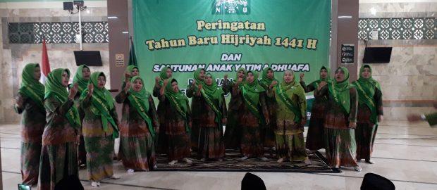 Muslimat Gianyar Peringati Tahun Baru Dengan Santunan