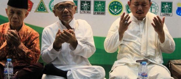 Jama'ah Banjiri Peringatan 40 Hari Mendiang KH Maimoen Zubair