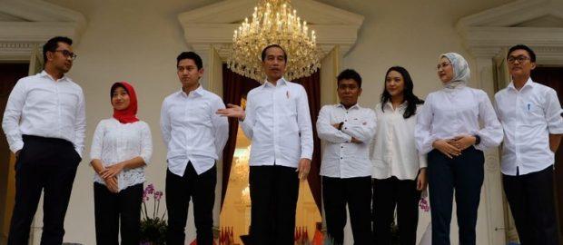 Dari Santri Hingga Entrepreneur, 7 Anak Muda Staf Khusus Presiden