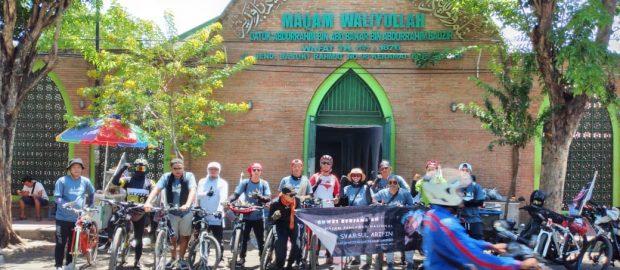 Alumni PP. Salafiyah Syafiiyah Sukorejo Rayakan Maulid dengan bersepeda 189 Km