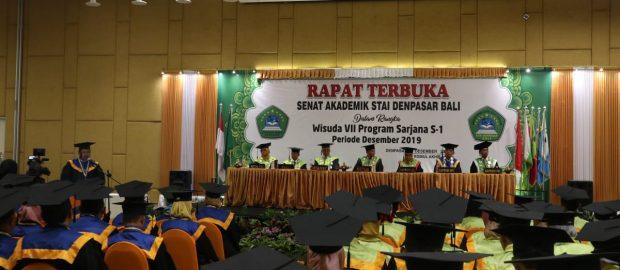 Wisuda VII STAI Denpasar Bali Berjalan Lancar dan Sukses