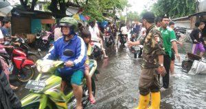 Banjir Awal 2020 Akibat Kita Terlalu Disibukkan Ujaran Agama