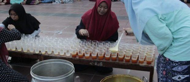 Cegah Virus Corona, Santri Roudlotul Huffadz Bali Konsumsi Jamu