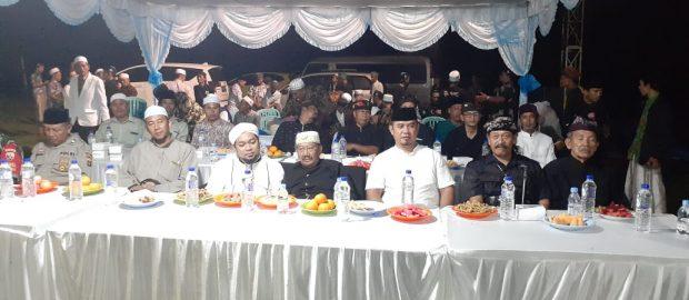 Kukuhkan Kerukunan, Kiai Azaim Ajak Warga Doa Bersama Untuk Bali