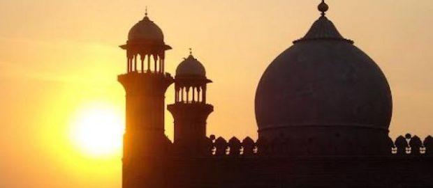 Teladan Kearifan Imam Al-Ghazali; Perbedaan Cara Pandang Memaknai Agama
