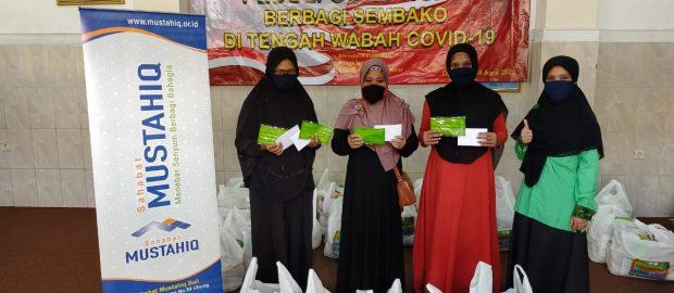 Prihatin Nasib Guru Ngaji, FKDT dan Pokja Guru Ngaji Denpasar Gelar Santunan