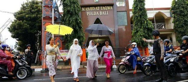 Toleransi Muslim-Hindu Bali; Meski Jalan Kita Berbeda, Arah Tujuan Kita Satu