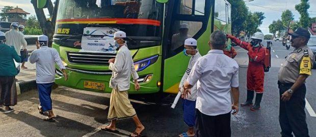 Santri Asal Bali Pulang dari Situbondo Dibekali Surat Keterangan Sehat