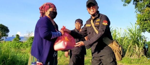 PGN Bali Serahkan 100 Paket Sembako ke Warga Sebagai Bentuk Kepedulian