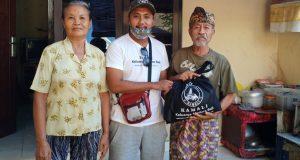 Komunitas Madura di Bali Berbagi Sembako Tanpa Melihat Identitas