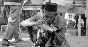 Zakat Fitrah: Zakat untuk Faqir Miskin yang Jadi Rebutan