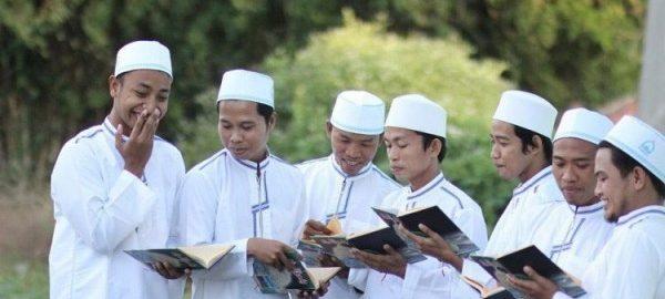 Pesantren Sebagai Cermin Keragaman SDM di Indonesia
