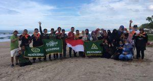 IPNU Kota Denpasar Gelar Aksi Peduli Lingkungan di Pantai Padma Legian