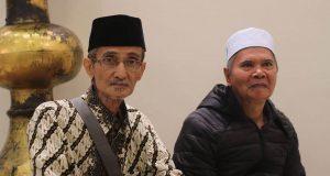 Kiai Moderat; Menjaga Pemikiran Islam Tradisional, Mengapresiasi Pemikiran Modern
