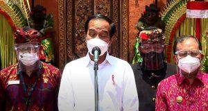 Tinjau Vaksinasi Massal di Ubud dan Denpasar, Presiden Jokowi Isyaratkan Segera Membuka Sektor Pariwisata Bali