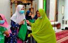 Berbagi Kasih Dengan Anak Yatim dan Dhuafa, Cara Muslimat NU Ranting Bukit Sanggulan Peringati Tahun Baru Islam