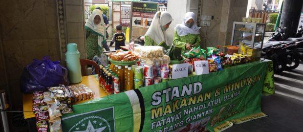 Stand Makanan Fatayat Gianyar, Hidupkan Perekonomian Organisasi