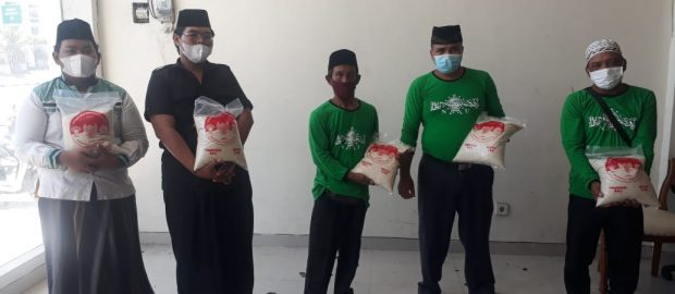 Salurkan 100 Paket Beras Bagi Pengajar TPQ di Badung, INTI Bali Gandeng DPW SAHI Bali