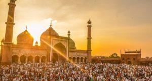 Komentar Tentang Maulid: Dari Imam as-Suyuthi Hingga Ibnu Taimiyah